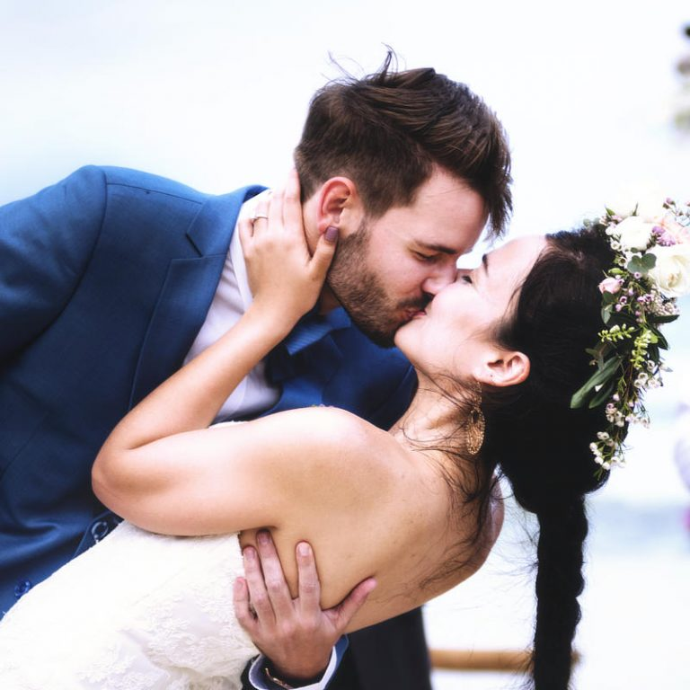Choosing a Marriage Celebrant : 5 Questions You Must Ask